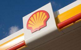 Hollanda'da mahkeme Shell'in karbon salımını 2030'a kadar yüzde 45 azaltmakla yükümlü olduğuna hükmetti