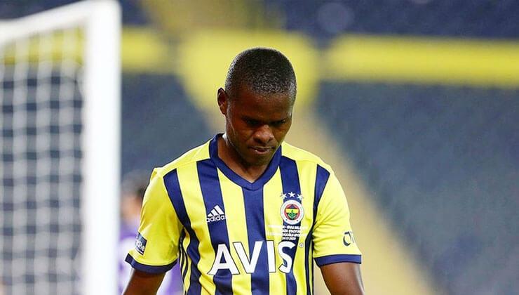 Fenerbahçe haberleri: Fenerbahçe Teknik Direktörü Erol Bulut Samatta'nın sahalardan uzak kalacağı süreyi duyurdu .